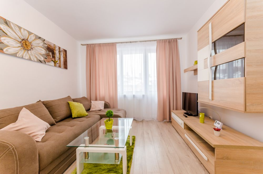 Apartament 2 camere, mobilat modern nou, zona centrala - politie