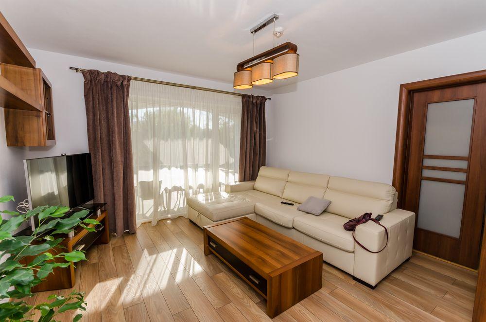 Apartament 3 camere nou, curte 80mp, parcare, Selimbar